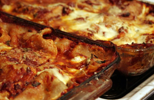 two lasagnas by flickr user maggiejane
